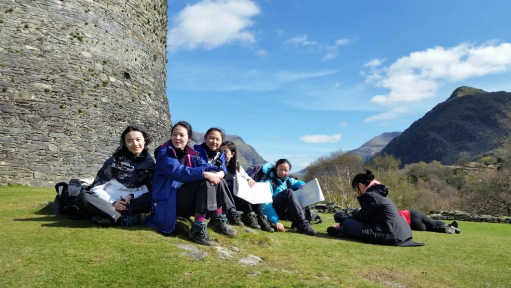 Abbey College Cambridge Duke of Edinburgh Snowdonia trip