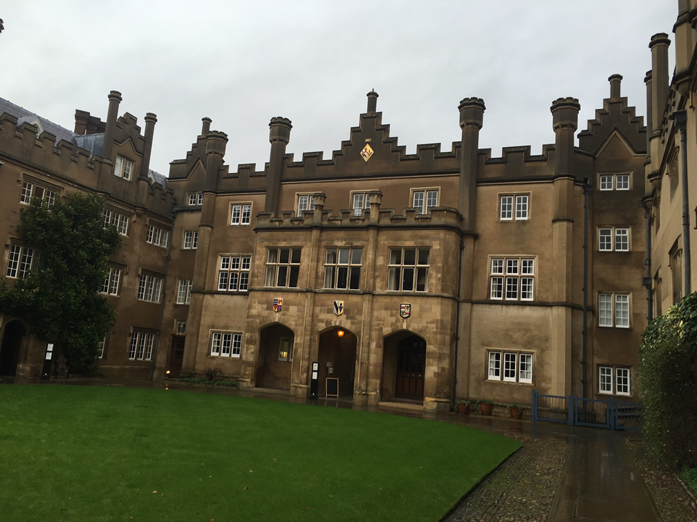 GCSE Students visit Cambridge University